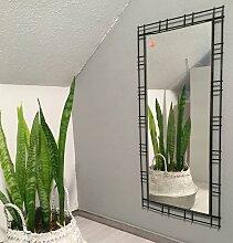 Spiegel mit schwarzem Metallrahmen von FF, 1970er