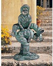 Statue Bockspringende Jungen Design Toscano