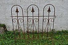 Staudenhalter Strauchhalter bodennah gerade Zaun