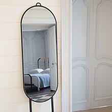 Stehender Spiegel in Schwarz und Eiche oval