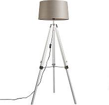 Stehlampe im Landhausstil weiß mit Leinenschirm