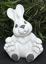 Steinfigur Hase groß sitzend - Antik-Weiss,