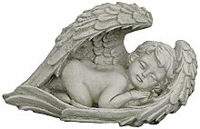 Steinfigur im Flügel schlafender Engel,