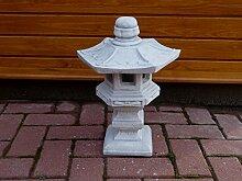 Steinfigur Japanische Lampe grau patiniert Weißbeton