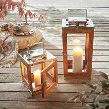 Stilvolle Holz-Laterne für drinnen und draußen