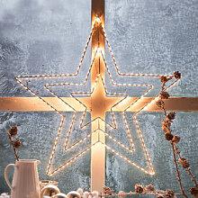 Stimmungsvoller Sternenglanz im Fenster