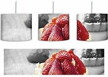 Süßes Erdbeertörtchen schwarz/weiß inkl.