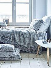 Sylvie Thiriez - Kissen / Pelzdecke Decke Bettüberwurf Kaninchen fake fur Plaid fourrue GRAND FROID (Kissen 40 x 40 cm)