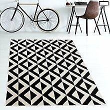 Tapiso MAROKO Teppich Modern Kurzflor Geometrisch Marokkanisch Karo Diamant Muster in Schwarz Creme für Wohnzimmer Schlafzimmer ÖKOTEX 140 x 190 cm