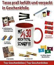 Tasse / Becher befüllt Rot zum Geburtstag * 30 Total Scharf * Wählen Sie aus 36 Motiven. Für ein anderes Alter einfach E-Mail an uns. Jedes Alter ist verfügbar.