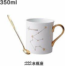 Tassen-Set, Keramik, dunkler Kaffee, Tee, Wasser,