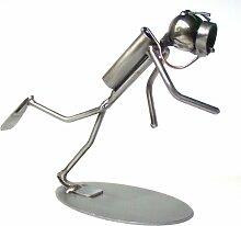 Taucher als Schraubenmännchen Drahtfigur Drahtmännchen Schraubenkunst Metallmännchen Metallfigur Metallkunst aus Eisen und Kupfer Design Hinz & Kuns