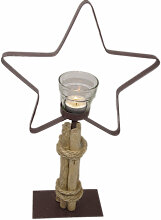 Teelichthalter Stern aus Metall mit Holzfuß