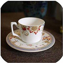 Teetasse mit Untertasse aus britischem Porzellan,
