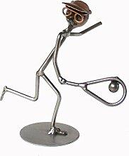 Tennisspieler als Schraubenmännchen Drahtfigur Drahtmännchen Schraubenkunst Metallmännchen Metallfigur Metallkunst aus Eisen und Kupfer Design Hinz & Kuns