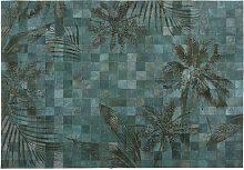 Teppich aus Vacheleder, grün mit Motiven 140x200