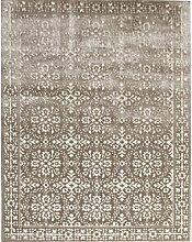 Teppich in Hellgrau/Silber ClassicLiving