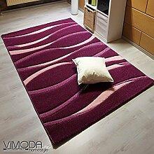 Teppich Lila Modern Designer gestreift handgeschnittene Konturen – VIMODA; Maße: 80x150 cm
