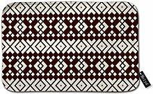 Teppich mit wiederholten geometrischen Symbolen,