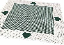 Tischdecke /Mitteldecke Reesa 70x70 cm im Landhausstil grün-weiß-kariert mit Herzmotiv