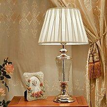 Tischlampe Europäische Kristall Tischlampe Wohnzimmer Studie Schlafzimmer Beleuchtung American Retro dekorative Nachttisch Lampe Hotel Crystal Tischlampe Schreibtischlampe