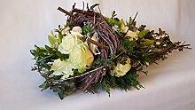 Trauerblumen Grabgesteck mit frischen Blumen -