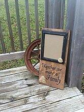 unknow Wandtafel für die Familie, gebeiztes Holz,