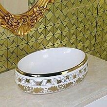 Vergoldetes Oval im europäischen Stil über dem