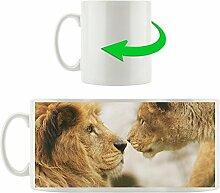 verliebte Löwen, Motivtasse aus weißem Keramik