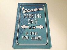 Vespa parking only - Blechschild 20x30 cm Parkplatz Garage Carport Schild 1