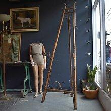 Viktorianische Staffelei aus Bambus