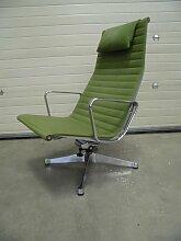 Vintage EA 124 Stuhl von Charles Eames für Herman