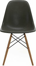 Vitra - Eames Fiberglass Side Chair DSW, Esche