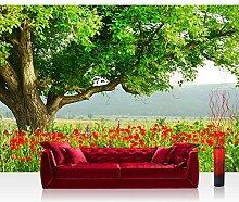 Vlies Fototapete 300x210 cm PREMIUM PLUS Wand Foto Tapete Wand Bild Vliestapete - A BEAUTIFUL TREE - Natur Mohn Feld Baum Wald Bäume rot grün Idyll - no. 090