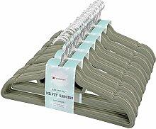 Voilamart 60 Stück Kleiderbügel,Samt Anzugbügel Grün Samtiger Jackenbügel Wäschebügel Garderobenbügel Rutschfeste Oberfläche mit zwei Einkerbungen 360° drehbarer Haken