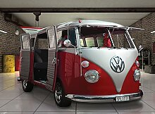 Volkswagen Van Red Foto-Tapete 4-teilig 232x315 cm
