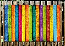 Wallario Garten-Poster Outdoor-Poster - Buntes Holz - bunte Streifen mit Farbe und Holzstruktur in Premiumqualität, Größe: 61 x 91,5 cm, für den Außeneinsatz geeigne