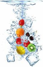 Wallario Selbstklebende Türtapete Obst-Eiswürfel-Mix - 93 x 205 cm in Premium-Qualität: Abwischbar, brillante Farben, rückstandsfrei zu entfernen