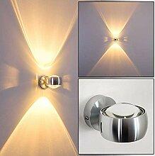 Wandlampe halbrund in Silber mit Seitenschlitzen