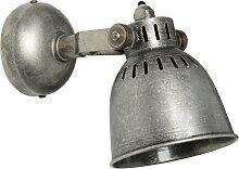 Wandlampe im Industriestil aus Metall in Antikoptik