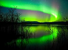 wandmotiv24 Fototapete Grünes Polarlicht Größe:
