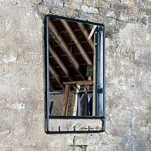 Wandspiegel im Industry Style Metall in Schwarz