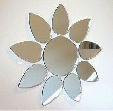 Wandspiegel mit Blumenmotiv, Plastik, Verspiegelt,