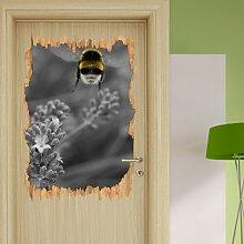 Wandtattoo Biene auf kriechender Günsel East