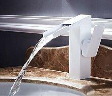 Warmes und kaltes Waschbecken aus Kupfer mit