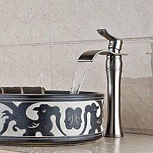 Wasserfall Waschbecken Wasserhahn Messing Mischbatterie Einhebel Deck montieren badewanne Vanity wasserhahn Verbreitet Waschtischarmaturen (Nickel Gebürstet)