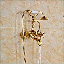 Wasserhahn im FreienLuxuriöse vergoldete