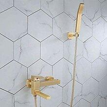 Wasserhahn mit Anti-Kalkstein-Handbrause heiß und