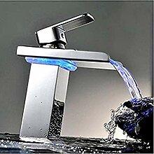 Wasserhahn mit LED-Licht poliert Chrom Wasserhahn