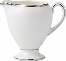 Wedgwood Milchkännchen aus feinem Porzellan